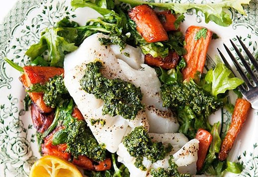 Pesto Snapper with Salad and Green Beans