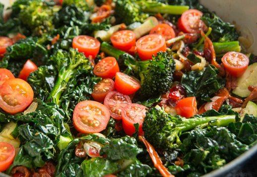 Tomatoey Garlic and Basil Greens
