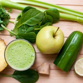 Green Apple, Ginger and Cucumber Smoothie