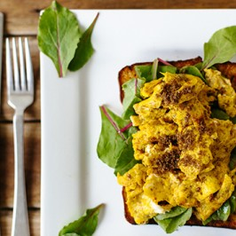 Gut Loving Scrambled Eggs with Turmeric & Broth