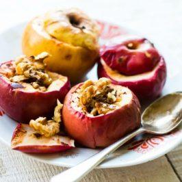 Baked Walnut & Spiced Cinnamon Apples