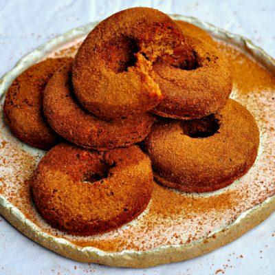 Almond Cinnamon Doughnuts