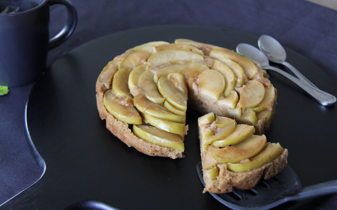 Plant-based Apple Teacake
